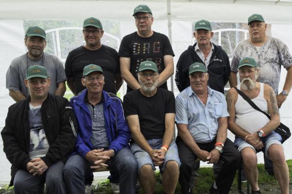 De groepsfoto met  de 10 van de 28 leden die dit jaar hun cap ontvingen.