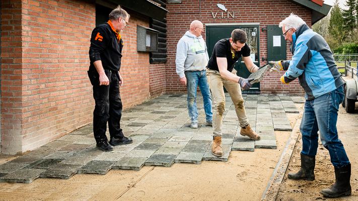 v.l.n.r.: Paul Vandewal, Ger Geurts, Ruben Geurts en Simon Groenendijk