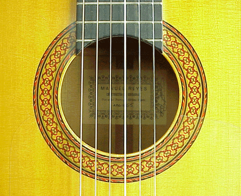 Manuel Reyes 1965 - Guitar 1 - Photo 2