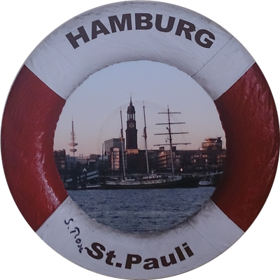 "Hamburger Hafen auf Schallplatte  <span style=""font-size: 26px;""><span style=""color: #41818f;""><strong>12 €</strong></span><br /></span>"