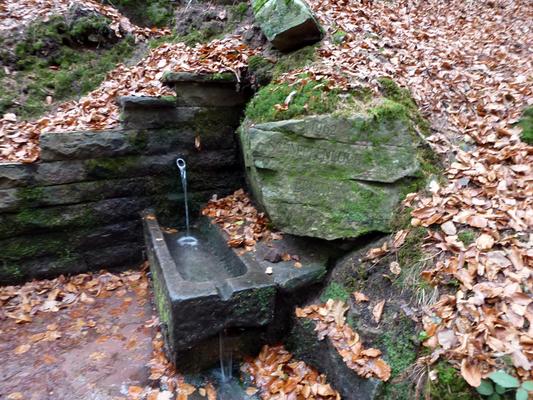 Der Schnepfenloch Brunnen