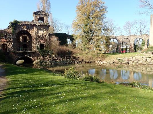 Nachbau römischer Wasserleitungen