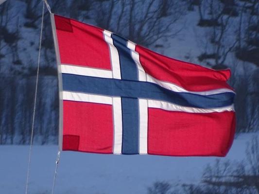 Norwegen, Skitouren Norwegen, Skitouren Lyngen, AMICAL alpin Skitourenreisen, Tiefschneekurse, Skitourenkurse, Bergschule im Kleinwalsertal, Bergschule in Oberstdorfq