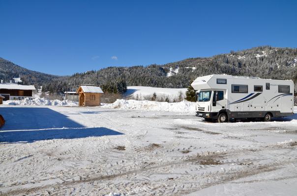 Der Campingplatz neben dem Anbau!