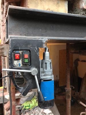 Rohbau - Stahlträgermontage