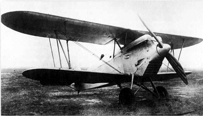 Jagdeinsitzer-Doppeldecker Heinkel HD-37, Erstflug Apr. 1928