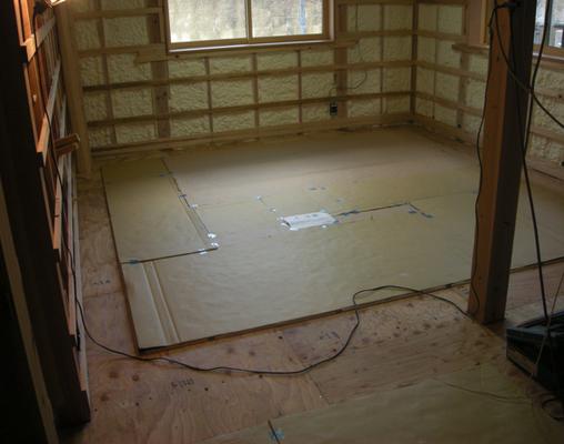 床暖房を設置