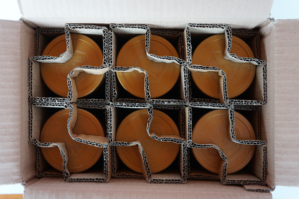 Honig in Karton