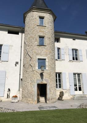 Sans titres - vitraux - vue extérieure - collection particulière, Grenoble - 2018