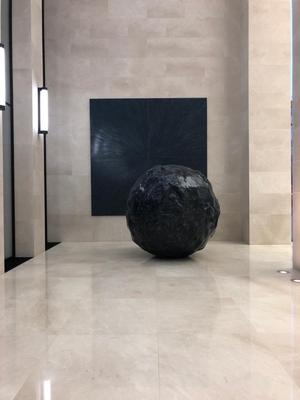 Permanent Installation, Void ø 250 cm, Phenomenom, 410 x 410cm, Opernturm, Frankfurt/Main