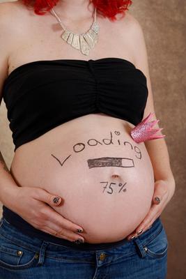 Babybauchfotoshooting, kleine Prinzessin = 75% loading ♥ Homeshooting Möhlin