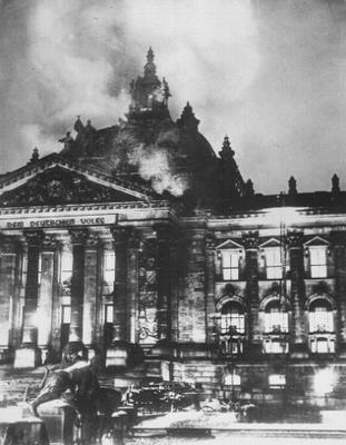brennender Reichstag in Berlin