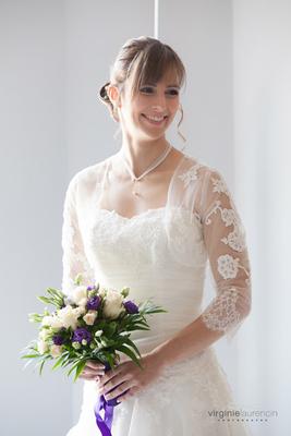Emmanuelle-Gervy-Robe-de-mariee-Sur-mesure-accessoires-mariage-dentelle-grenoble-lyon-voiron-chambéry-annecy-valence-romans