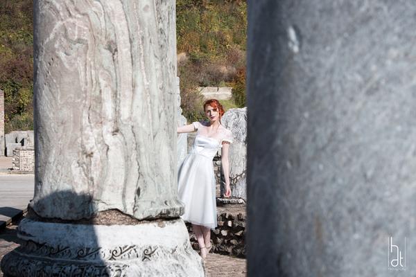 robe-de-mariee-courte-originale-dentelle-tulle-emmanuelle-gervy-lyon