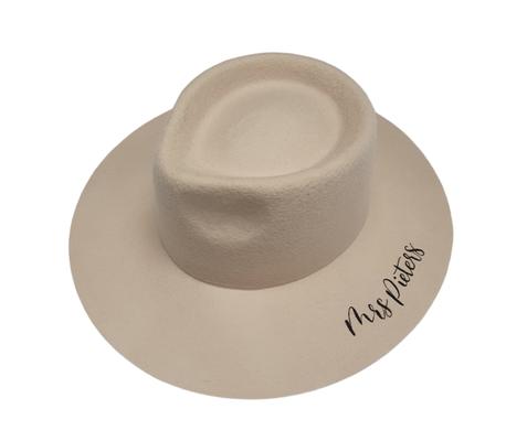 hoed rebel and the gypsea gepersonaliseerd