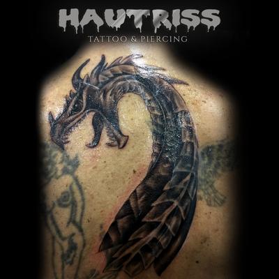 Rücken Cover-Up Tattoo Drache, Drachen-Tattoo