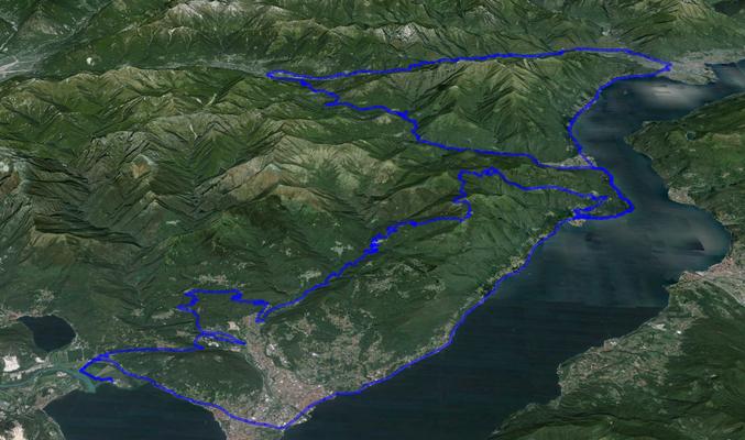Berge im Westen des Lago Maggiore