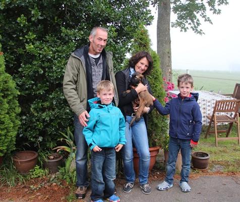 Yakira zieht zu ihrer Familie nach Deutschland