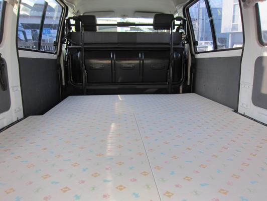 「リフォーム畳®」を敷き詰めると小さなお部屋の様になります。