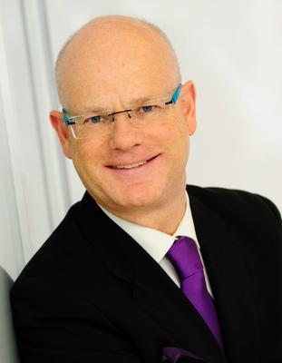 Michael als Mitbegründer von Expandeers leitet auch selbst Projekte weltweit