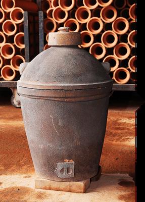 70年以上前に製造された小田式蒸しかまど(一升炊き用)