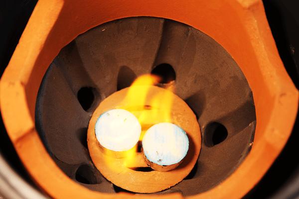 小田式ミニ蒸しかまど大・いぶし・固形燃料で炊飯
