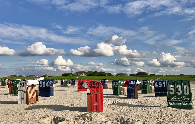 Neuharlingersiel am Strand  -Sept.17-