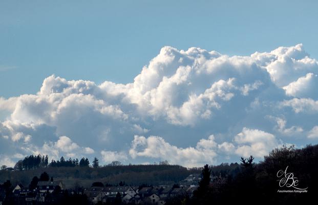Wolkenformation im -April 16-