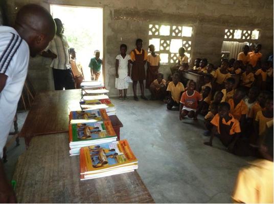 Schulmaterial Schule Atiteti