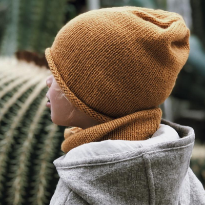 knitted beanie and loop