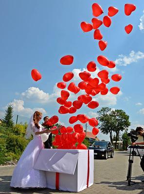 balony z helem z pudła kartonu
