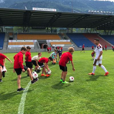 Fußballschule und Camps Fussball Freestyler Saki