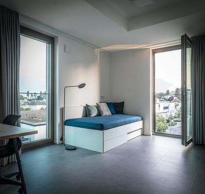 Die Montage der Möbel in den 213 Zimmern des Studentenwohnheims erfolgte in einem Zeitraum von nur 4 Wochen