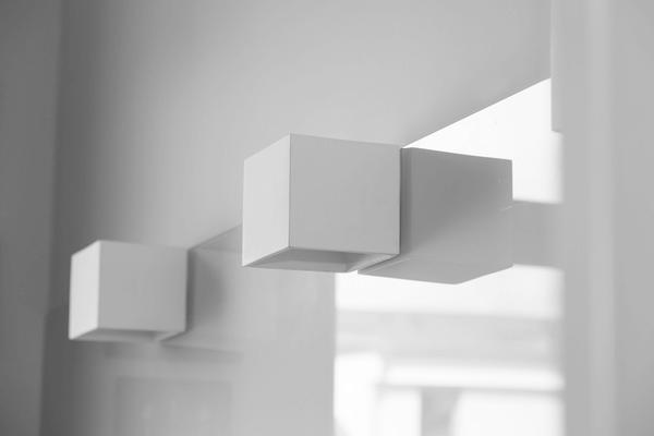 Profitieren Sie von unserer Erfahrung, wenn es um Beleuchtung, Material, Design, Qualität der Einbaugeräte und andere Fragen bei der Planung Ihrer individuellen Küche geht