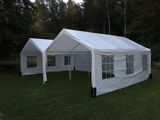 Zwei Zelte (8x6m)