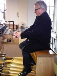 Organist Michael Bertelshofer
