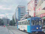 市内を走る路面電車