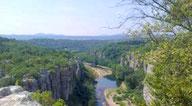 Rando les pieds dans l'eau dans la vallée du Chassezac