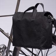 BIKE Handbag M 180€