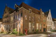 Nachtfotografie: Hoekhuis in de binnenstad van Deventer