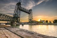 Cityscapefotografie: Brug-De-Hef-te-Rotterdam-tijdens-zonsondergang