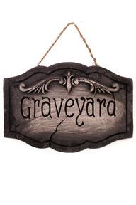 """Bord """"Graveyard"""" 40x28x2,5 cm € 5,95"""