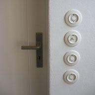 interrupteur; ecoome; prise; bakelite; duroplaste; blanc; retro; vintage; bascule; levier; goutte; eau; prise; design
