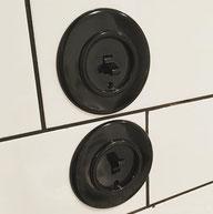 ecoome-interrupteur-ecoome-bakelite-levier-noir-retro-vintage-ancien-desing-cuisine-carreaux-metro-carrelage