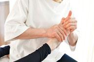 痛くなく、腰痛を緩和する施術画像