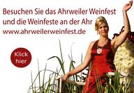 Das Weinfest in Ahrweiler ist der Höhepunkt aller Weinfeste an der Ahr. Hier strömen die Wanderer vom Rotweinwanderweg hinunter zur Ortsmitte von Ahrweiler, um ausgelassen Wein zu trinken und zu feiern.