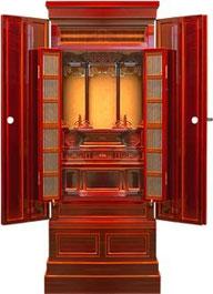 ヒノキを使い、飛騨春慶で仕上げました。こんなに大きな飛騨春慶製品は少ないでしょう。