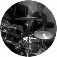 Schüler der ohr M Musikschule Hamburg beim Schlagzeugunterricht