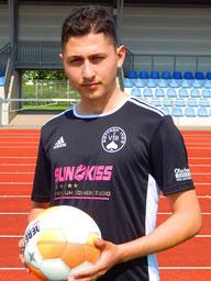 Fetih Ermek überragte als Innenverteidiger und nahm VfR-Stürmer Knobloch aus dem Spiel.