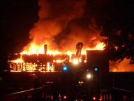 Sporthal De Reeve brandt af.